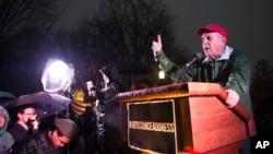 Larry Cohen du mouvement #Resistance le 28 février 2017, dans le parc Lafayette devant la Maison Blanche à Washington.