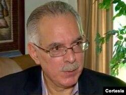Javier Maza, analista político y experto en debates políticos.