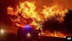 Požar u Orovilleu u Californiji, 9. septembar 2020. ( Foto: AP/Noah B)
