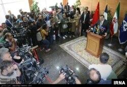 نشست خبری مدیر عامل توتال پس از امضای قرارداد در تهران