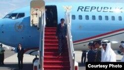 Presiden Joko Widodo transit di bandara internasional Abu Dhabi, Uni Emirat Arab sebelum melanjutkan perjalanannya ke Berlin, Jerman.