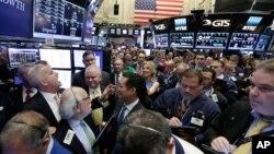 Wall Street ေငြေၾကးေစ်းကြက္