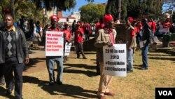 Aksi protes pendukung oposisi di Harare, Zimbabwe (foto: dok).