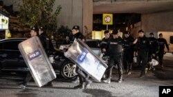 1일 폭발 사고가 발생한 터키 이스탄불에 경찰이 출동했다.