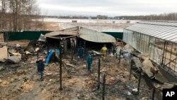 Cháy tại một trang trại ở ngoại ô Moscow làm 8 người Việt thiệt mạng. Ảnh chụp ngày 7/1/2020 do Bộ Tình trạng Khẩn cấp Nga cung cấp. (Ministry of Emergency Situations press service via AP)