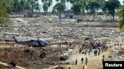 Sóng thần sau trận động đất 9.1 gây ra đã san bằng nhiều cộng đồng dân cư ở tỉnh Aceh và cướp đi mạng sống của hơn 170.000 người.