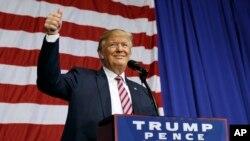 Donald Trump, i Delaware muri Reta ya Ohio.