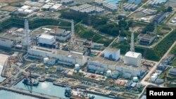 지난 8월 31일 촬영한 일본 후쿠시마 제1원전 시설. 원전 뒤로 오염수 저장 탱크들이 보인다.(자료사진)