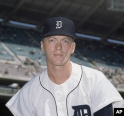FILE - Detroit Tigers pitcher Jim Bunning, shown July 10, 1962.