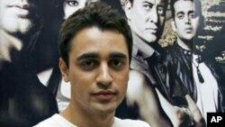图为印度宝莱坞演员2009年7月进行影片宣传时
