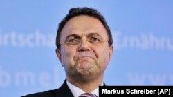 İstifa eden Gıda ve Tarım Bakanı Hans Peter Friedrich