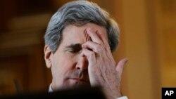 Джон Керри во время пресс-конференции в Лондоне, Великобритания. 25 февраля 2013 года
