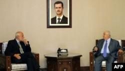 Suriye Dışişleri Bakanı Velid Muallim dün Uluslararası Kızılhaç Komitesi Başkanı Jakob Kellenberger'ı (solda) ağırladı