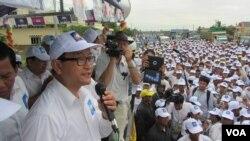 Ông Sam Rainsy khởi sự chiến dịch tranh cử sau khi về đến Kampuchea, 20/7/13