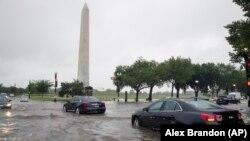 Kiša je otežala saobraćaj u Vašingtonu