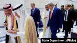 AQSh va Saudiya Arabistoni rasmiylari, Jidda, 2016