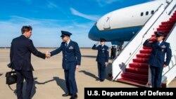 美国防部长埃斯珀Mark Esper2019年11月11日前往纽约(美国国防部照片)