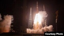 美国空军太空司令部2016年8月19日发射卫星 (ULA联合发射同盟照片)