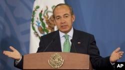 El expresidente Felipe Calderón fue demandado ante La Haya por un exgobernador mexicano del PRI.