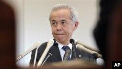 Ông Naomi Hirose, Chủ tịch công ty điện TEPCO của Nhật Bản mở cuộc họp báo ở Tokyo 14/9/12. TEPCO là chủ nhân của nhà máy điện hạt nhân Fukushima bị tàn phá bởi sóng thần