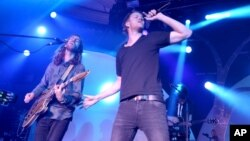 Dan Reynolds of the Imagine Dragons performs at the Hollywood Palladium, May 29, 2013 in Los Angeles.