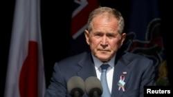 조지 W. 부시 전 미국 대통령이 11일 펜실베이니아주 섕크스빌에서 열린 9/11 20주년 기념식에서 추모사를 했다.