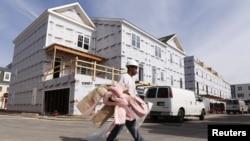 Radnik na gradilištu u Aleksandriji, Virdžiniji