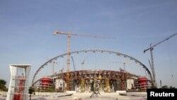 Xalifa xalqaro stadionida qurilish ishlari avjida. 2016-yil mart