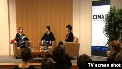 """Učesnici tribine """"Stvaranje održivog medijskog sistema na Balkanu"""", koja je održana u Vašingtonu"""