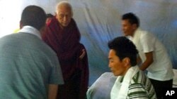 Prime Minister of the Tibetan Government-in-exile visits the three hunger strikes in New Delhi.