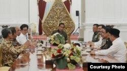 Presiden Joko Widodo memimpin rapat koordinasi bidang keamanan Jumat, 4 November 2016. (Foto: Biro Pers Kepresidenan).