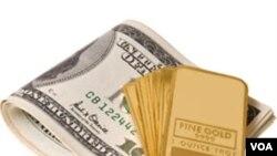 Harga emas naik ke atas 1.500 dolar untuk pertama kalinya setelah Standard & Poor's menurunkan prospek ekonomi AS untuk tahun ini.