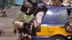 Un véhicule bondé au Nigeria
