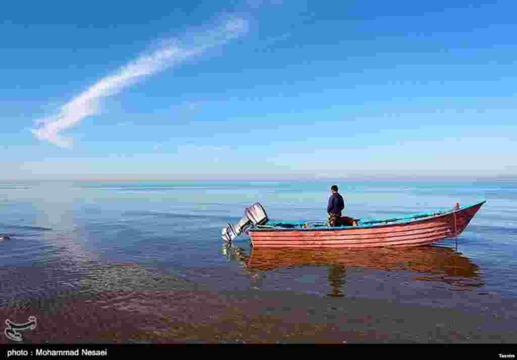 فصل صید در جزیره میانکاله در استان مازندران. عکس: محمد نسایی
