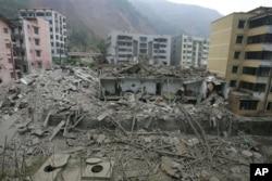 地震给北川造成的惨状