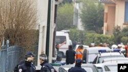 法國警察星期三突襲圖盧茲的一所住宅﹐圍捕一所猶太學校致命開槍事件的嫌疑人