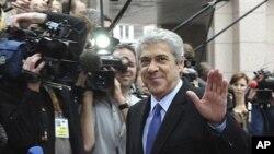 O Primeiro-ministro português em exercício, José Sócrates, ao chegar à cimeira da UE, quinta-feira, em Bruxelas
