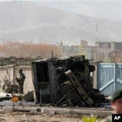 کابل خودکش حملے میں 13 امریکی فوجی سمیت 17 ہلاک