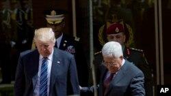 Tổng thống Palestine Mahmoud Abbas và Tổng thống Donald Trump tại thành phố Bethlehem ở Khu Bờ Tây, ngày 23/5/2017.