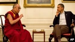 2011年7月16号美国总统奥巴马在白宫会见达赖喇嘛(资料照)