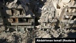 Ruševine u sirijskom gradu Alepu