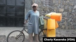 Le commerce de l'eau du lac Kivu nourrit des milliers de famille à Goma