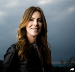 """""""The Hurt Locker"""" director Kathryn Bigelow receives the award for Best Director 50 and over."""