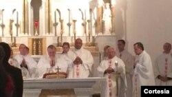 Los obispos celebraron una homilía en la iglesia St. Peter en Washington y luego se dirigieron al Congreso.