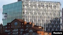 接近完工的美国驻英国大使馆新馆。(2017年10月20日)