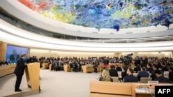 """Le Secrétaire général de l'ONU Antonio Guterres à la 40e session du Conseil des droits de l'homme, le 25 février 2019 à Genève. Pour la session du 24 février 2020, il a dénoncé des """"niveaux alarmants de fémicides"""" dans le monde."""