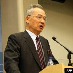 前台湾行政院副院长吴荣义