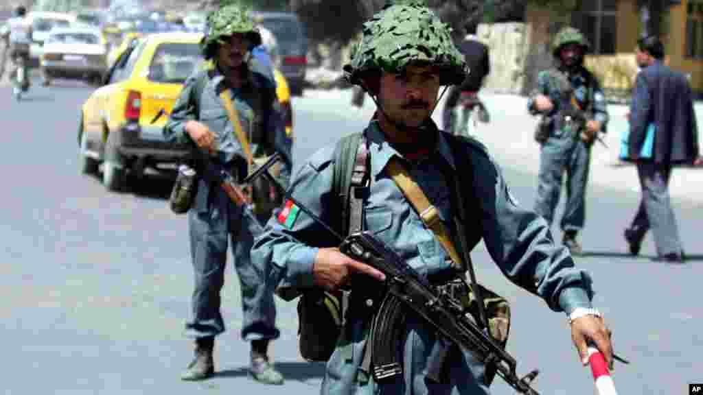 فعالیت نیروهای امنیتی افغانستان در جریان انتخابات