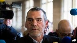 Frank Berton, pengacara tersangka utama serangan teroris di Paris tahun lalu, Salah Abdeslam di pengadilan Paris, Perancis (Foto: dok).