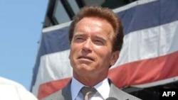 Thống đốc bang California Arnold Schwarzenegger